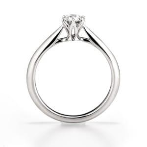 銀座ダイヤモンドシライシの婚約指輪「セントグレア」