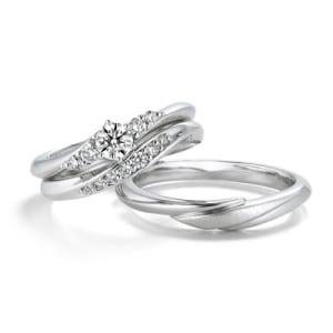 銀座ダイヤモンドシライシの婚約指輪と結婚指輪のセットリング「Ino」