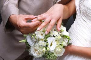 結婚指輪をつけ始めるタイミングイメージ