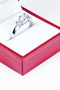 指輪の収納