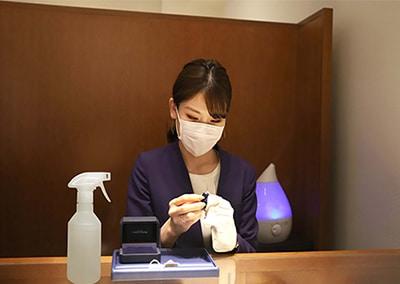 東京都新宿区で婚約指輪・結婚指輪を探すなら「銀座ダイヤモンドシライシ」新宿本店