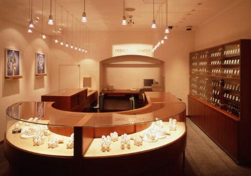 銀座ダイヤモンドシライシ 心斎橋本店(旧大阪本店) 店内イメージ